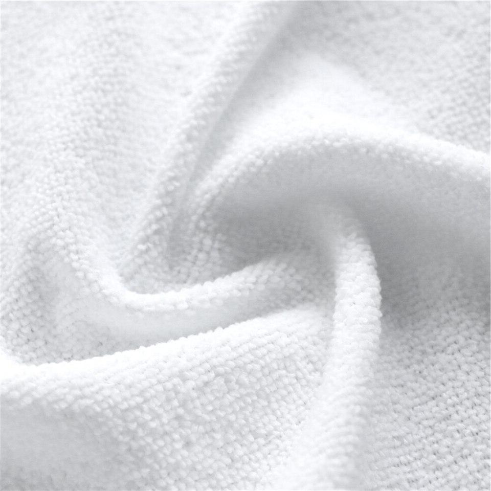 BeddingOutlet 3D Galloping Microfiber <font><b>Beach</b></font> <font><b>Towel</b></font> Lightning toalla